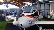 aero 18 - fm 250 vampire II